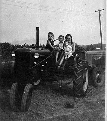 Marj, Marilyn, Pat & Sue - Tractor